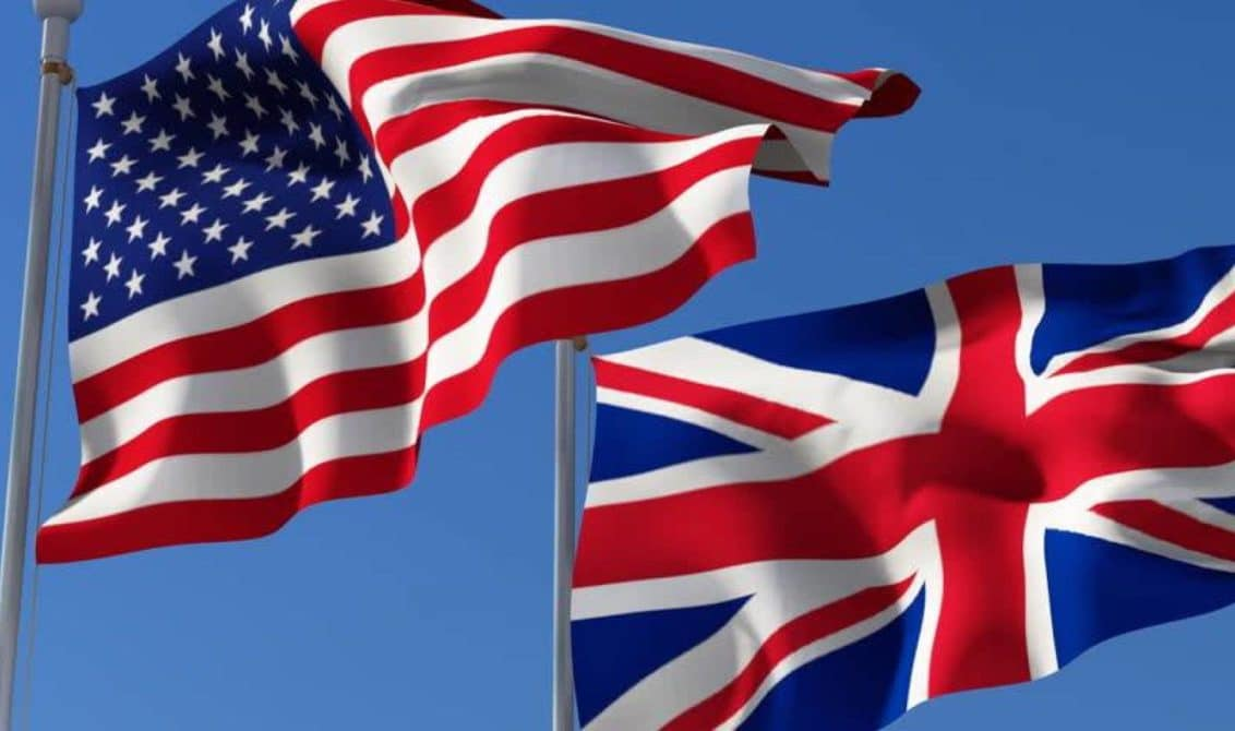 USA and UK Flag Image